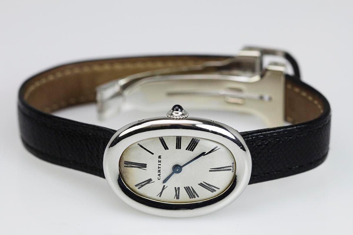 1960 cartier baignoire watch for sale mens vintage time only. Black Bedroom Furniture Sets. Home Design Ideas
